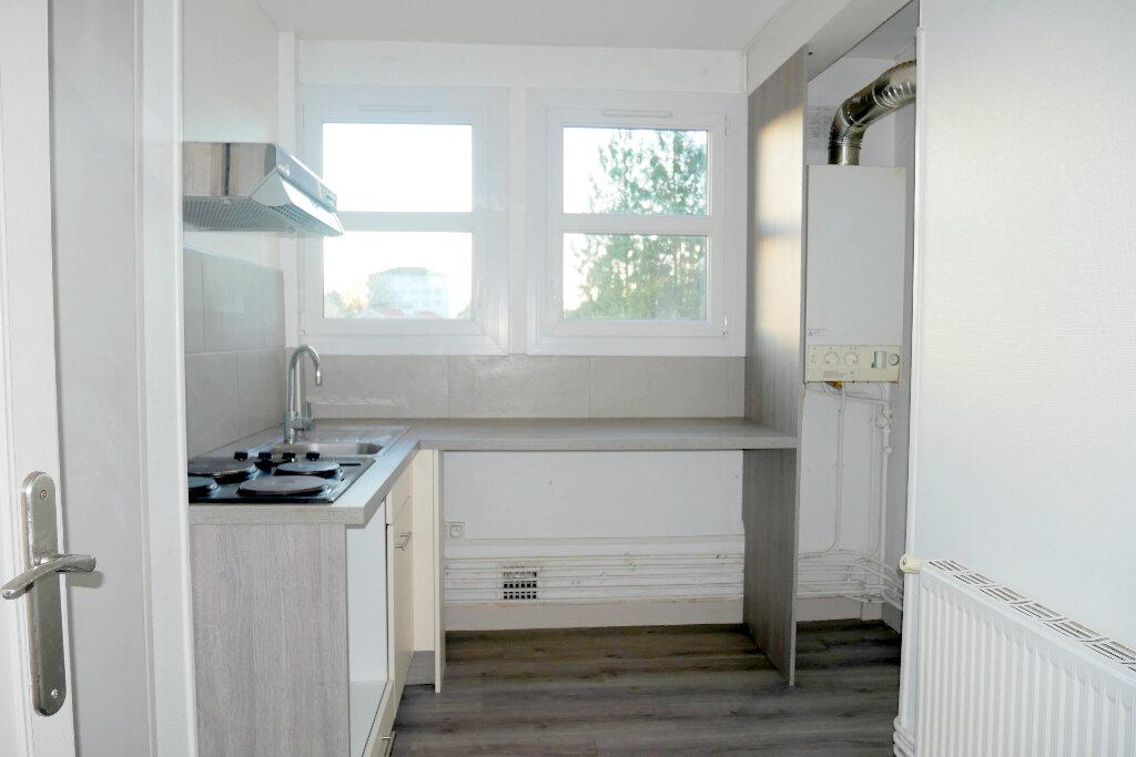 Appartement à vendre 4 61m2 à Pau vignette-4