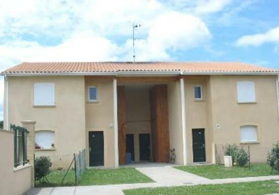 Appartement à vendre 3 66m2 à Saint-Astier vignette-1