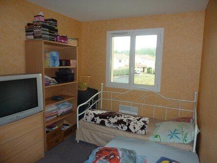 Appartement à vendre 3 66m2 à Saint-Astier vignette-3