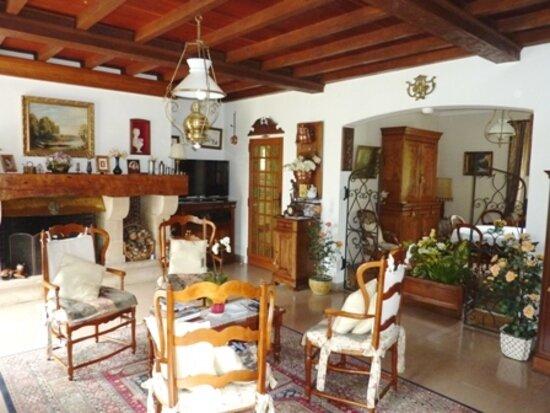 Maison à vendre 6 182m2 à Saint-Germain-du-Salembre vignette-3