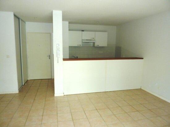 Appartement à vendre 2 41m2 à Saint-Astier vignette-2