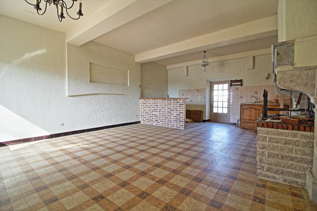 Maison à vendre 5 91m2 à Saint-Sernin-du-Plain vignette-3