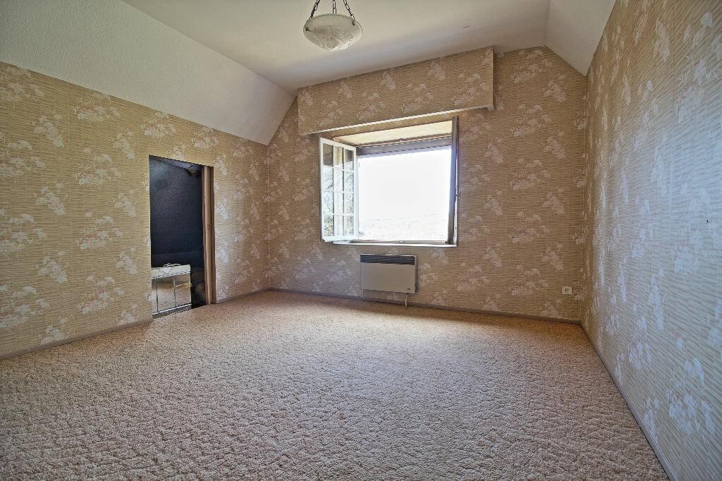 Maison à vendre 5 91m2 à Saint-Sernin-du-Plain vignette-6