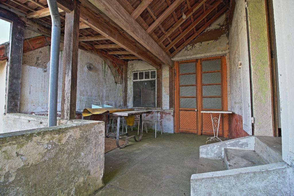 Maison à vendre 5 91m2 à Saint-Sernin-du-Plain vignette-8