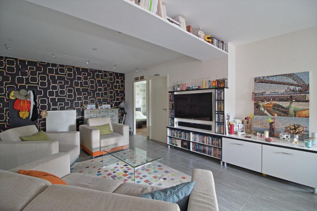Appartement à vendre 4 115.36m2 à Chalon-sur-Saône vignette-2