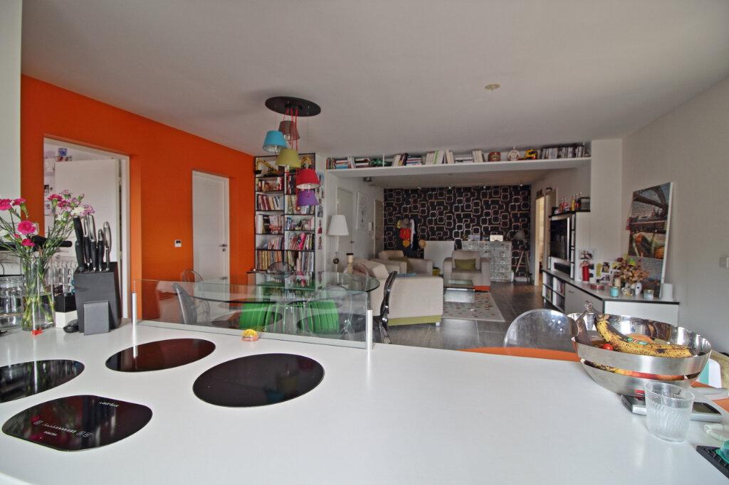 Appartement à vendre 4 115.36m2 à Chalon-sur-Saône vignette-3