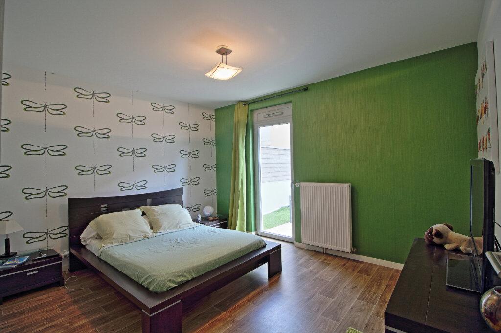 Appartement à vendre 4 115.36m2 à Chalon-sur-Saône vignette-5