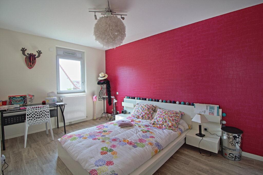 Appartement à vendre 4 115.36m2 à Chalon-sur-Saône vignette-8