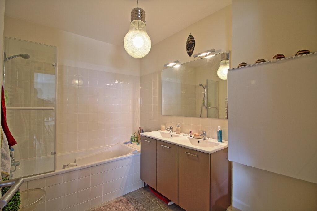 Appartement à vendre 4 115.36m2 à Chalon-sur-Saône vignette-9