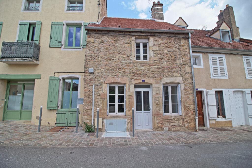 Maison à louer 3 67m2 à Givry vignette-1