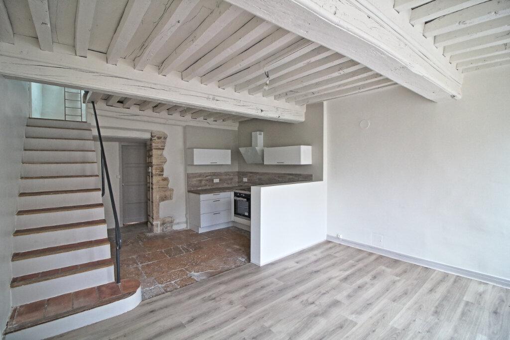 Maison à louer 3 67m2 à Givry vignette-3