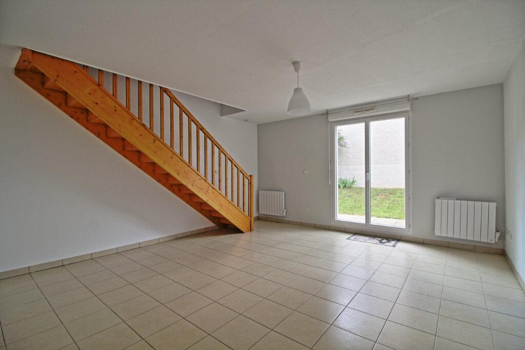 Maison à louer 4 69.26m2 à Givry vignette-1