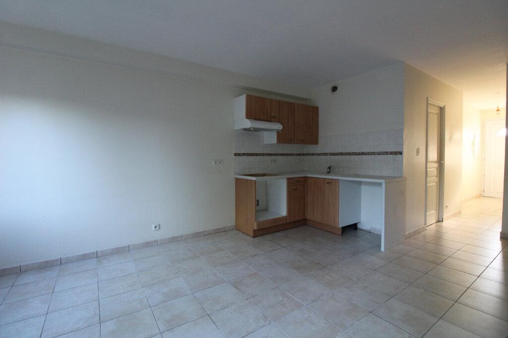 Appartement à louer 2 45.98m2 à Saulx-les-Chartreux vignette-2