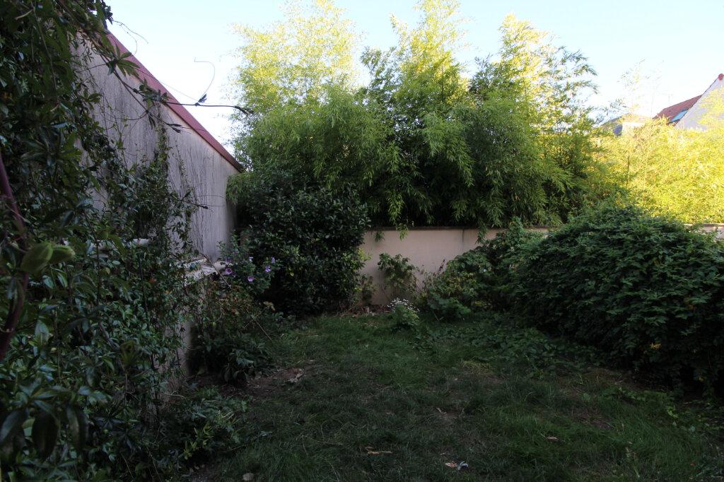 Appartement à louer 2 45.98m2 à Saulx-les-Chartreux vignette-5