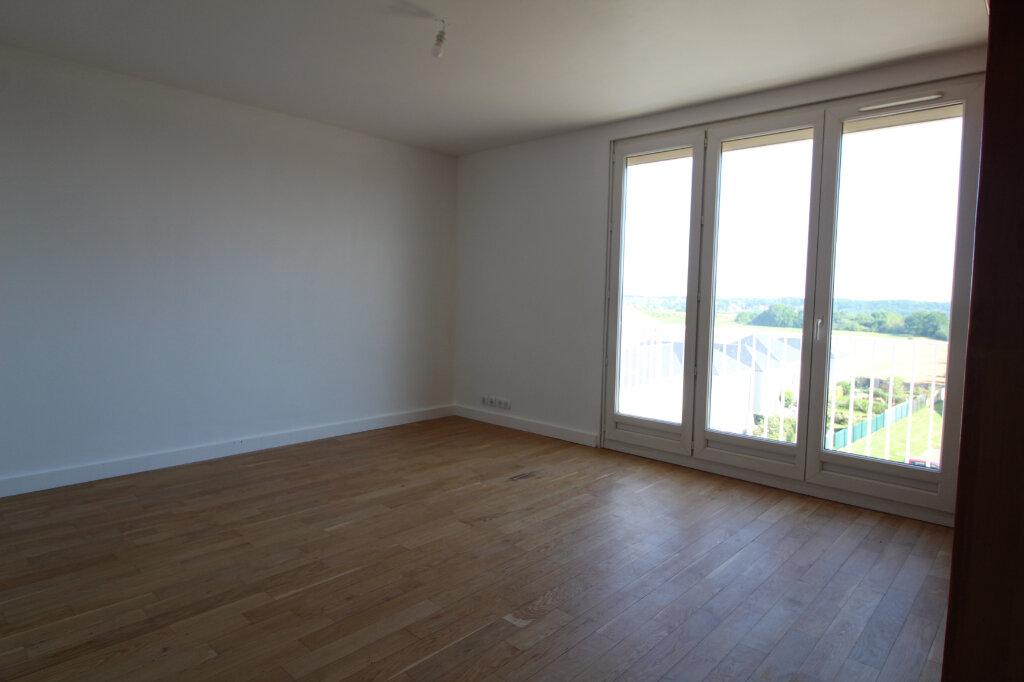 Appartement à louer 3 60.92m2 à Nozay vignette-1