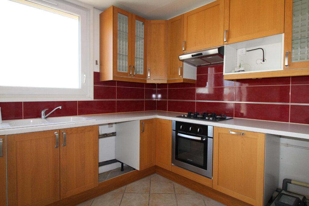 Appartement à louer 3 60.92m2 à Nozay vignette-2