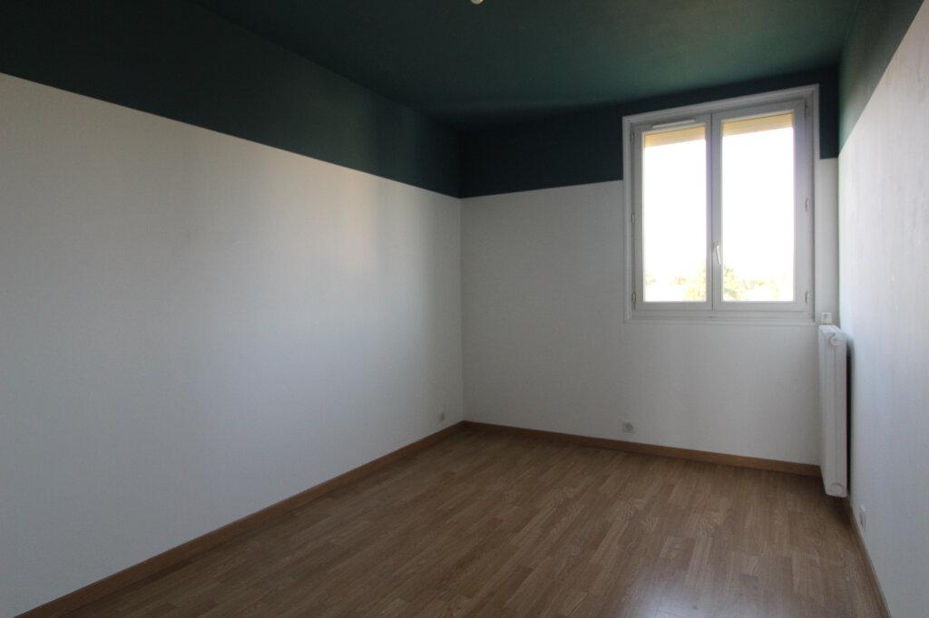 Appartement à louer 3 60.92m2 à Nozay vignette-4