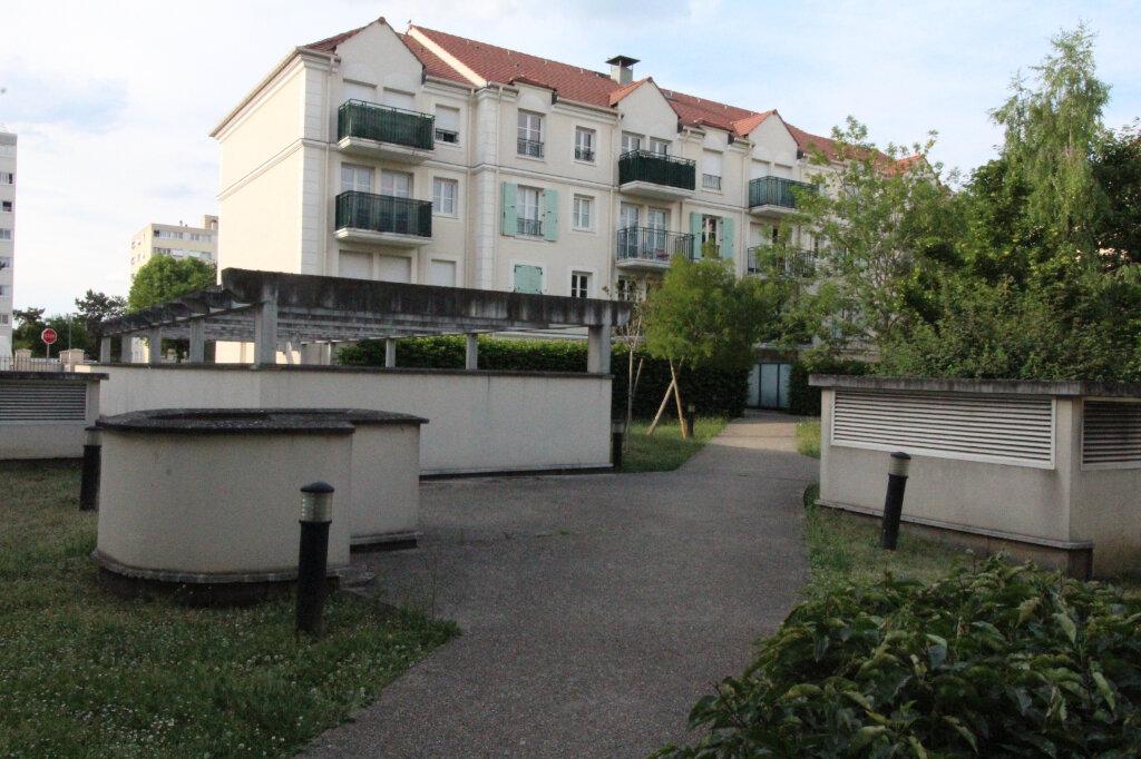 Appartement à louer 2 44.74m2 à Morangis vignette-1