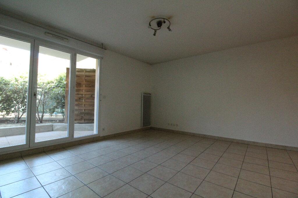 Appartement à louer 2 42.33m2 à Montlhéry vignette-1
