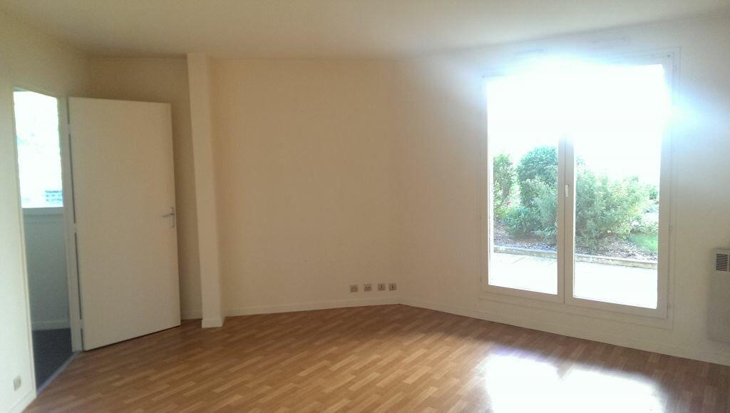 Appartement à louer 1 29.86m2 à Villebon-sur-Yvette vignette-4