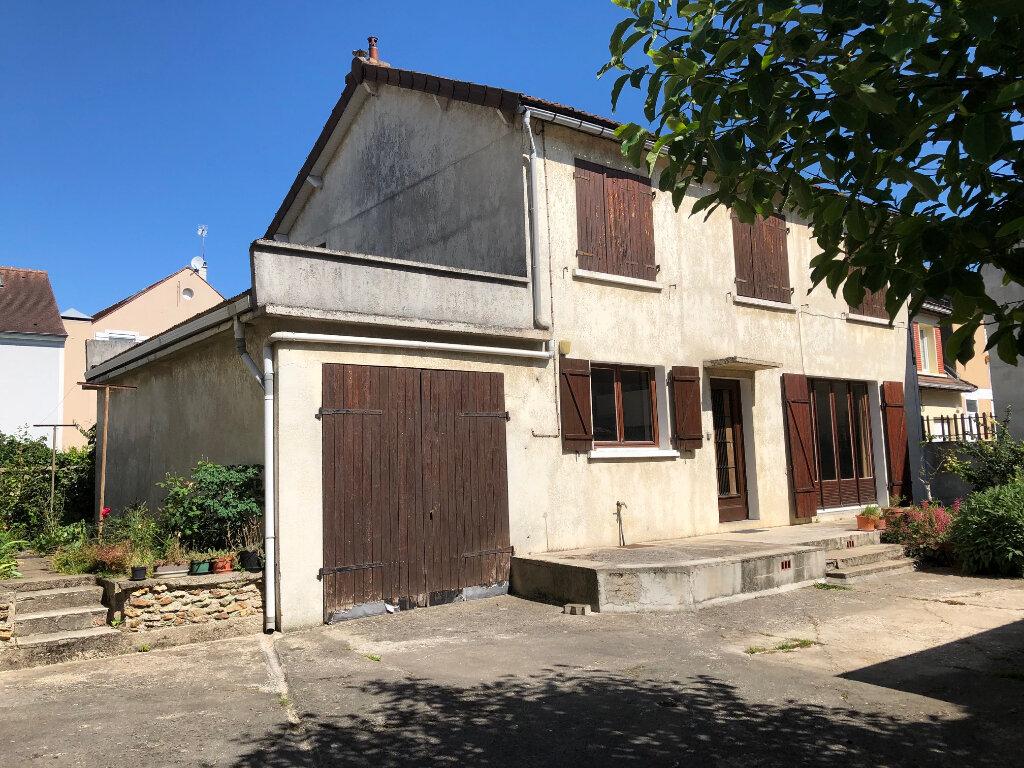 Maison à vendre 5 102.86m2 à Périgny vignette-1