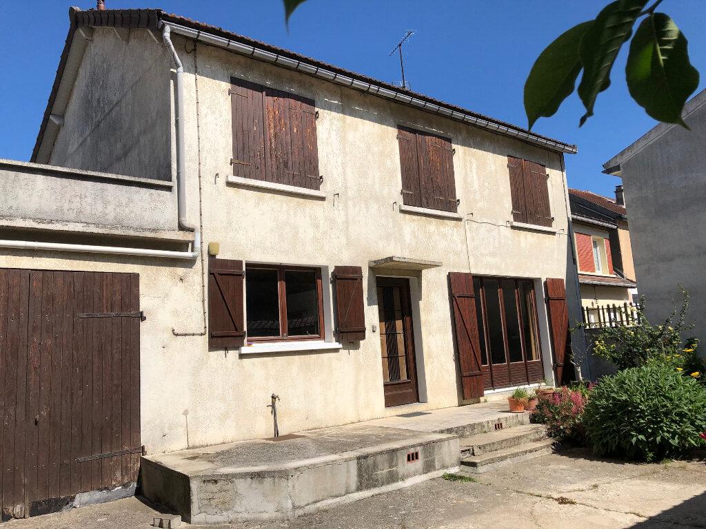 Maison à vendre 5 102.86m2 à Périgny vignette-3