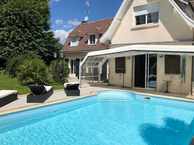 Maison à vendre 7 190m2 à Boussy-Saint-Antoine vignette-1