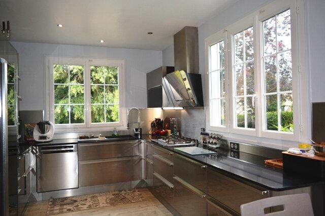 Maison à vendre 7 190m2 à Boussy-Saint-Antoine vignette-9