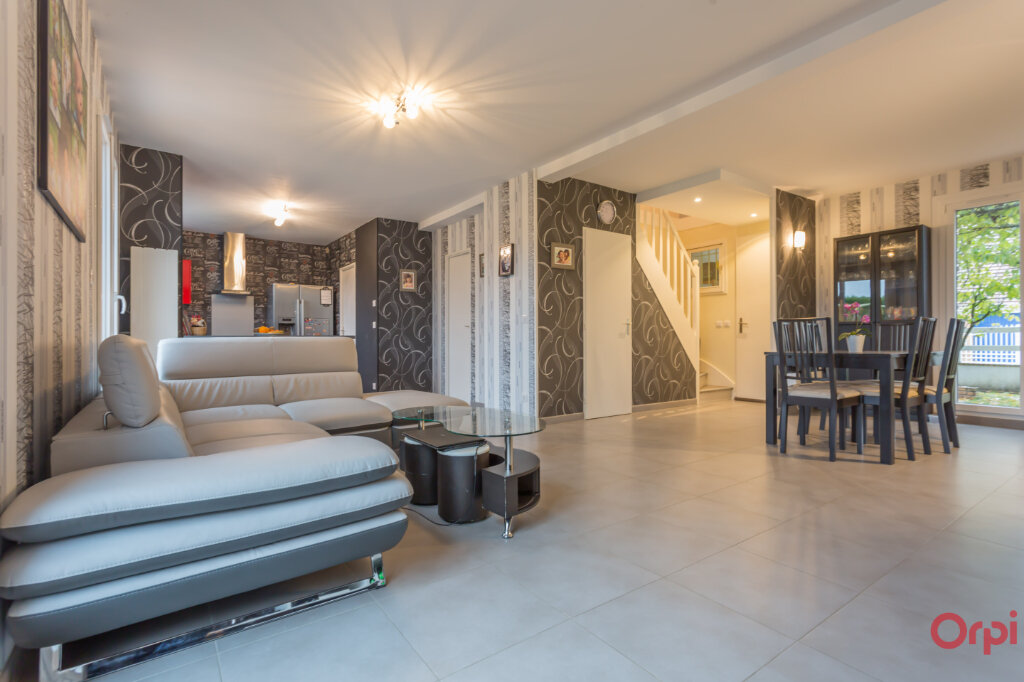 Maison à vendre 5 111.42m2 à Mandres-les-Roses vignette-2