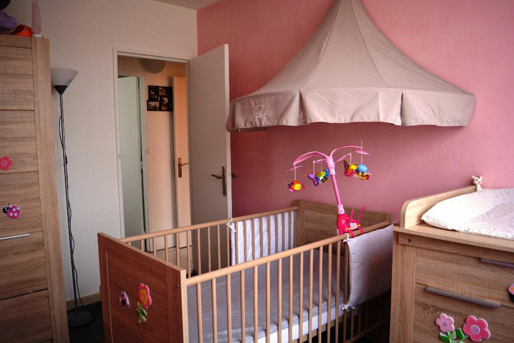 Appartement à vendre 4 76m2 à Boussy-Saint-Antoine vignette-9