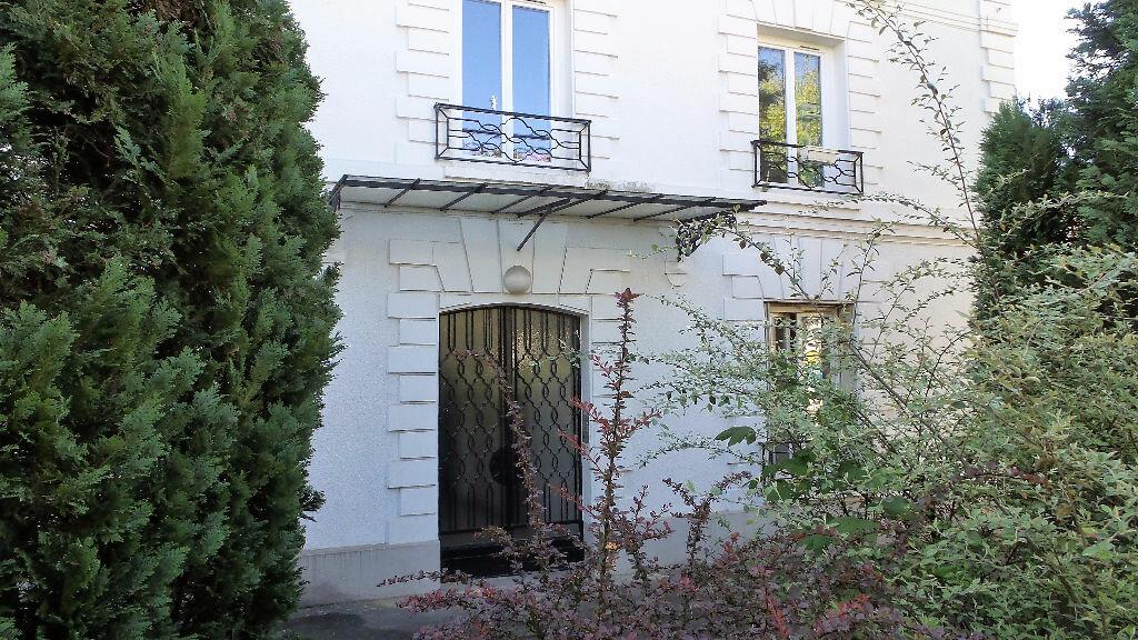 Appartement à louer 1 30m2 à Brunoy vignette-2