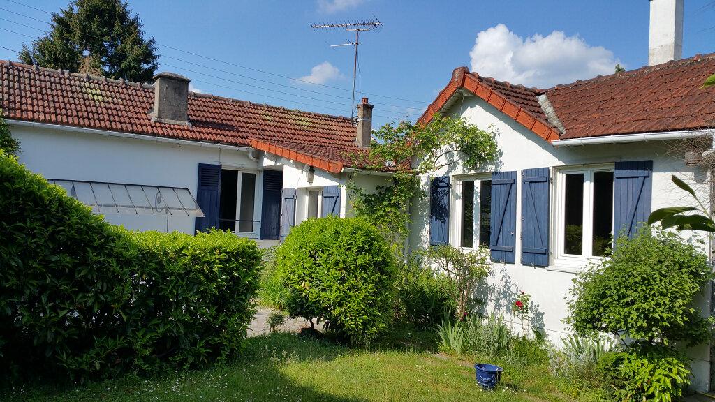 Maison à vendre 4 63m2 à Brunoy vignette-1