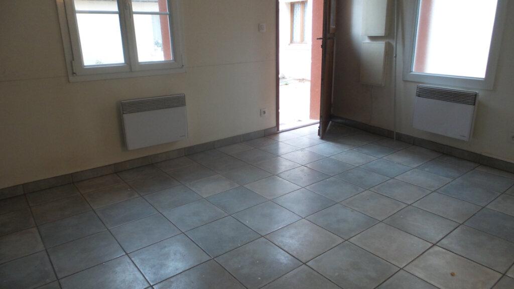 Appartement à louer 2 32.63m2 à Brunoy vignette-3