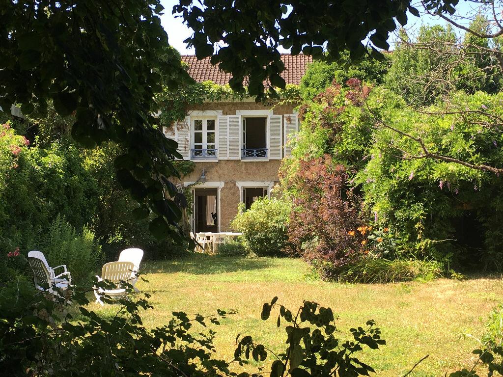 Maison à vendre 8 201m2 à Mandres-les-Roses vignette-3