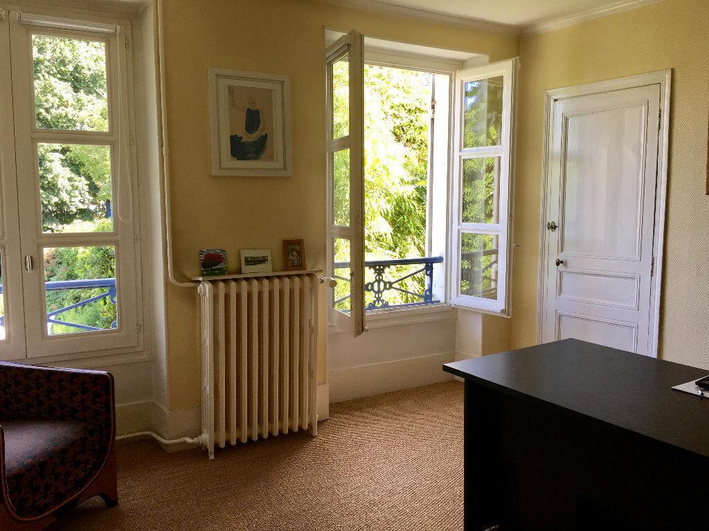 Maison à vendre 8 201m2 à Mandres-les-Roses vignette-8