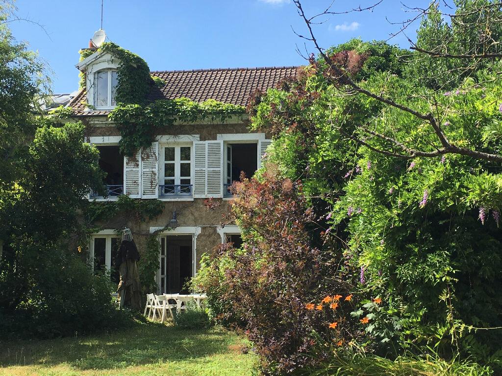 Maison à vendre 8 201m2 à Mandres-les-Roses vignette-9