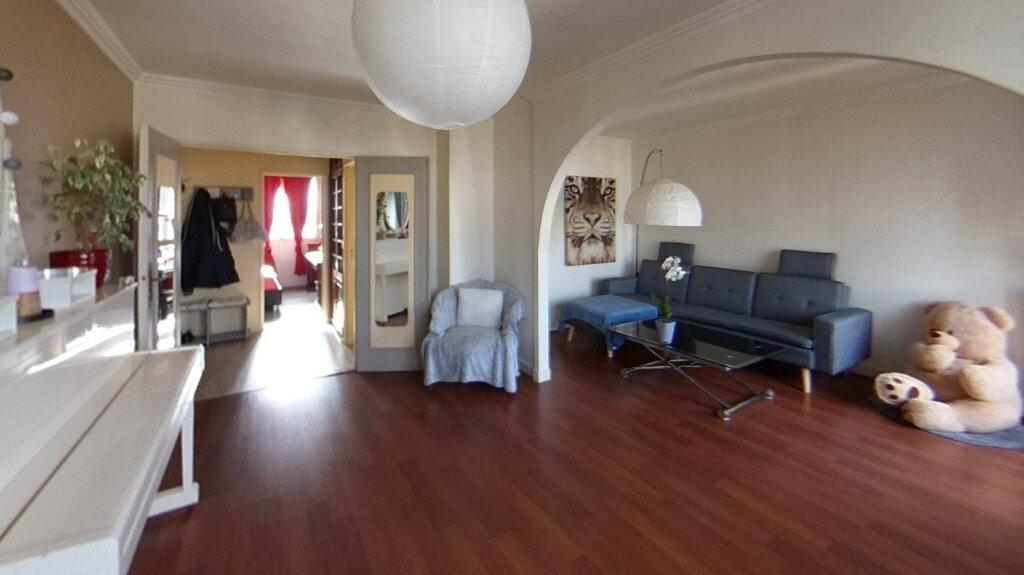 Appartement à vendre 3 67.09m2 à Saint-Maur-des-Fossés vignette-1
