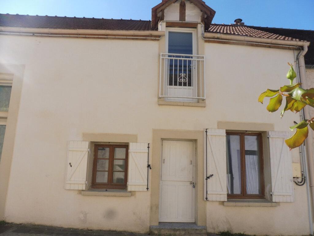Appartement à vendre 3 45.91m2 à Mandres-les-Roses vignette-1