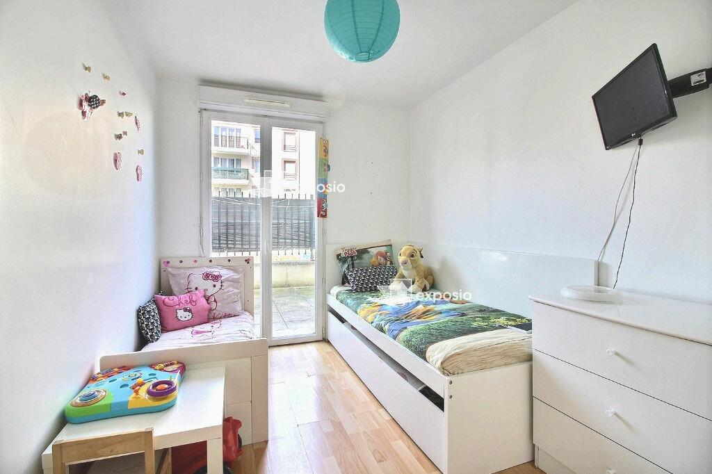 Appartement à vendre 3 61.8m2 à Corbeil-Essonnes vignette-4