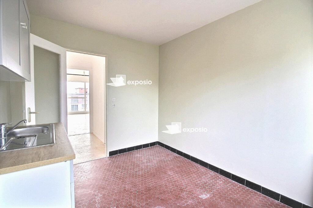 Appartement à vendre 3 66.61m2 à Saint-Pierre-du-Perray vignette-5