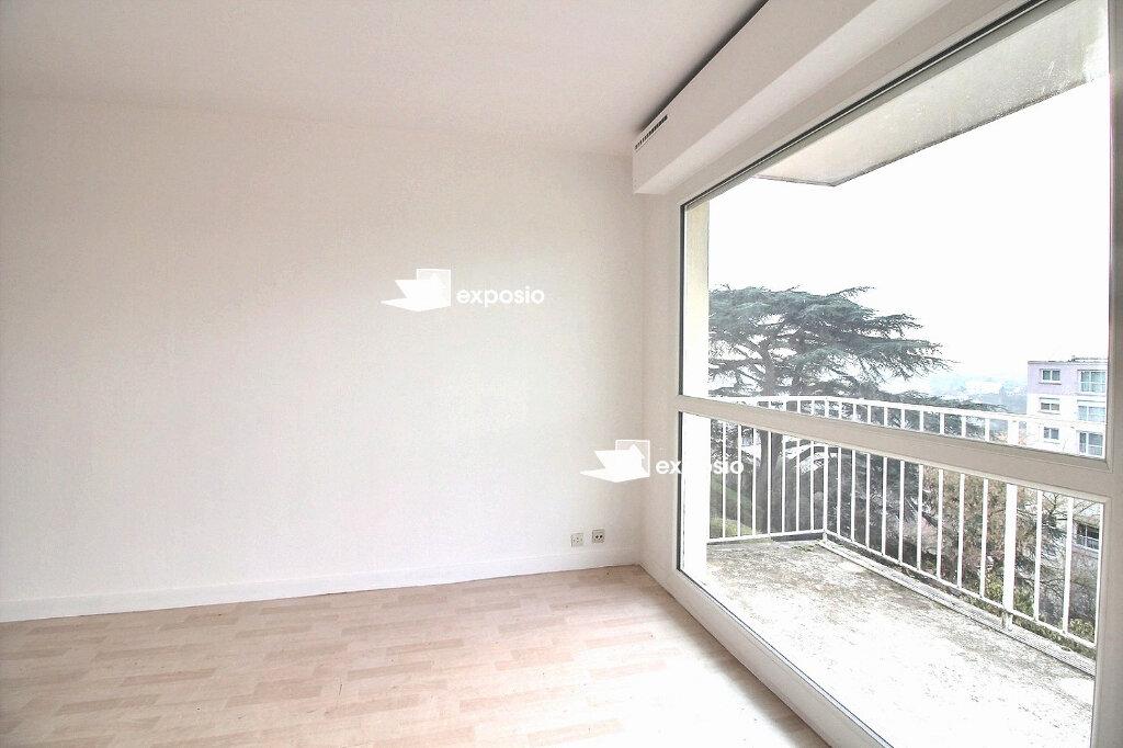 Appartement à vendre 3 66.61m2 à Saint-Pierre-du-Perray vignette-10