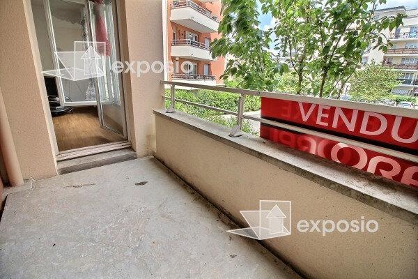Appartement à vendre 3 65m2 à Corbeil-Essonnes vignette-3