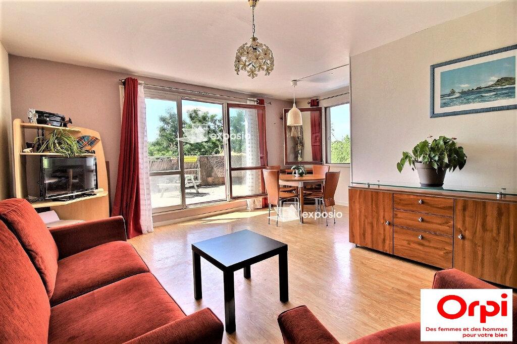 Appartement à vendre 3 66.4m2 à Évry vignette-2