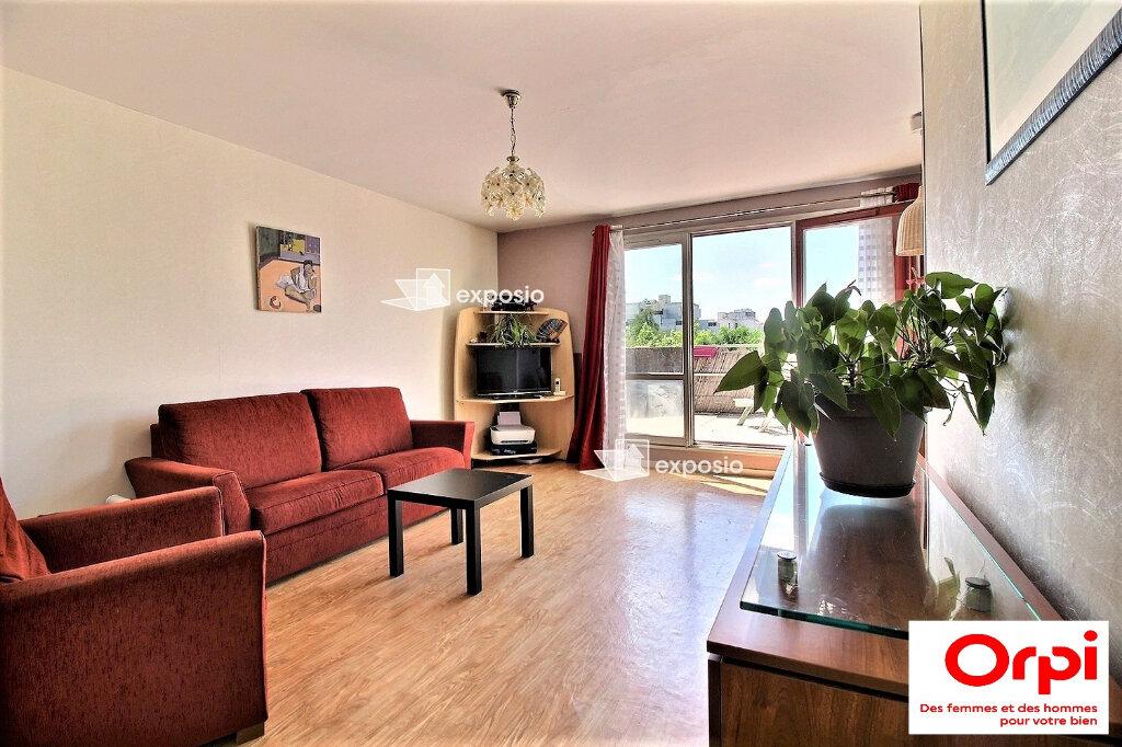 Appartement à vendre 3 66.4m2 à Évry vignette-3