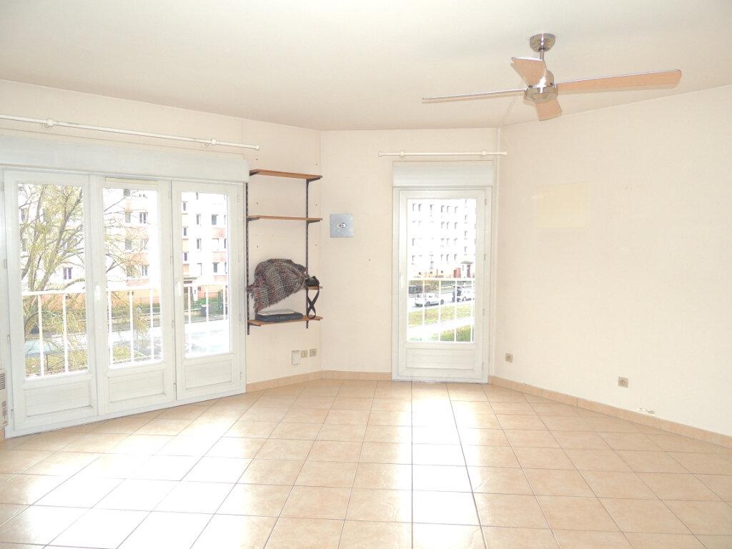 Appartement à louer 1 31.82m2 à Athis-Mons vignette-3