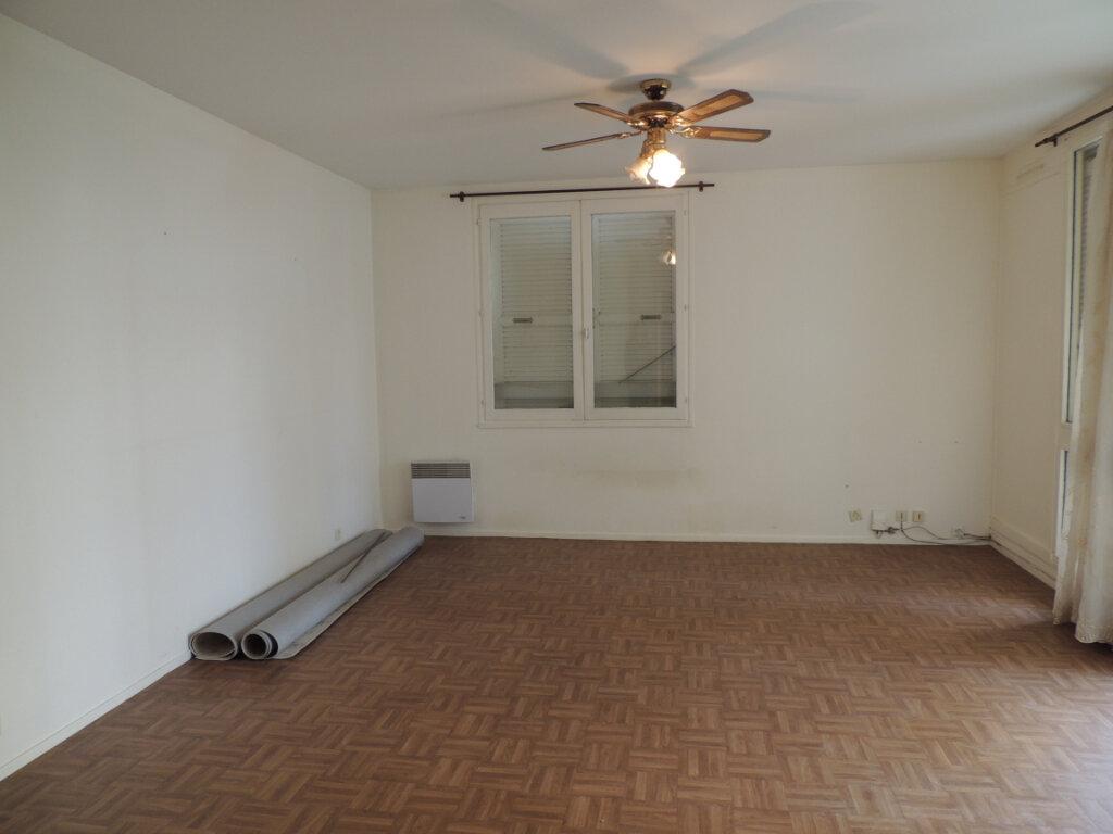 Appartement à louer 3 73.33m2 à Athis-Mons vignette-2