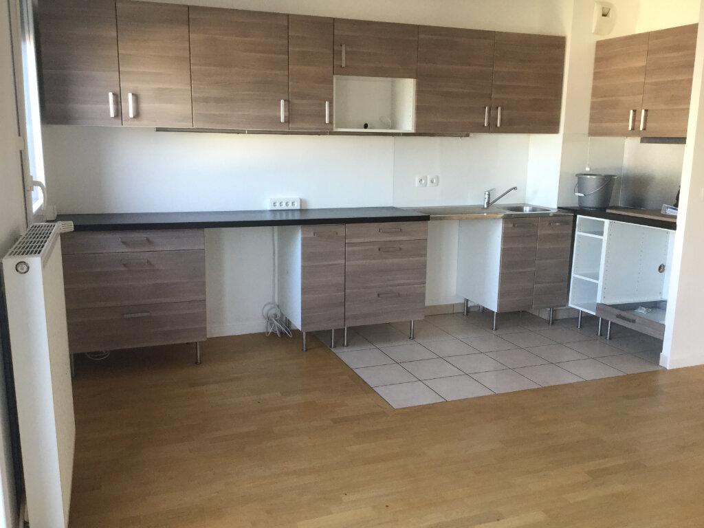 Appartement à louer 3 64.39m2 à Athis-Mons vignette-2