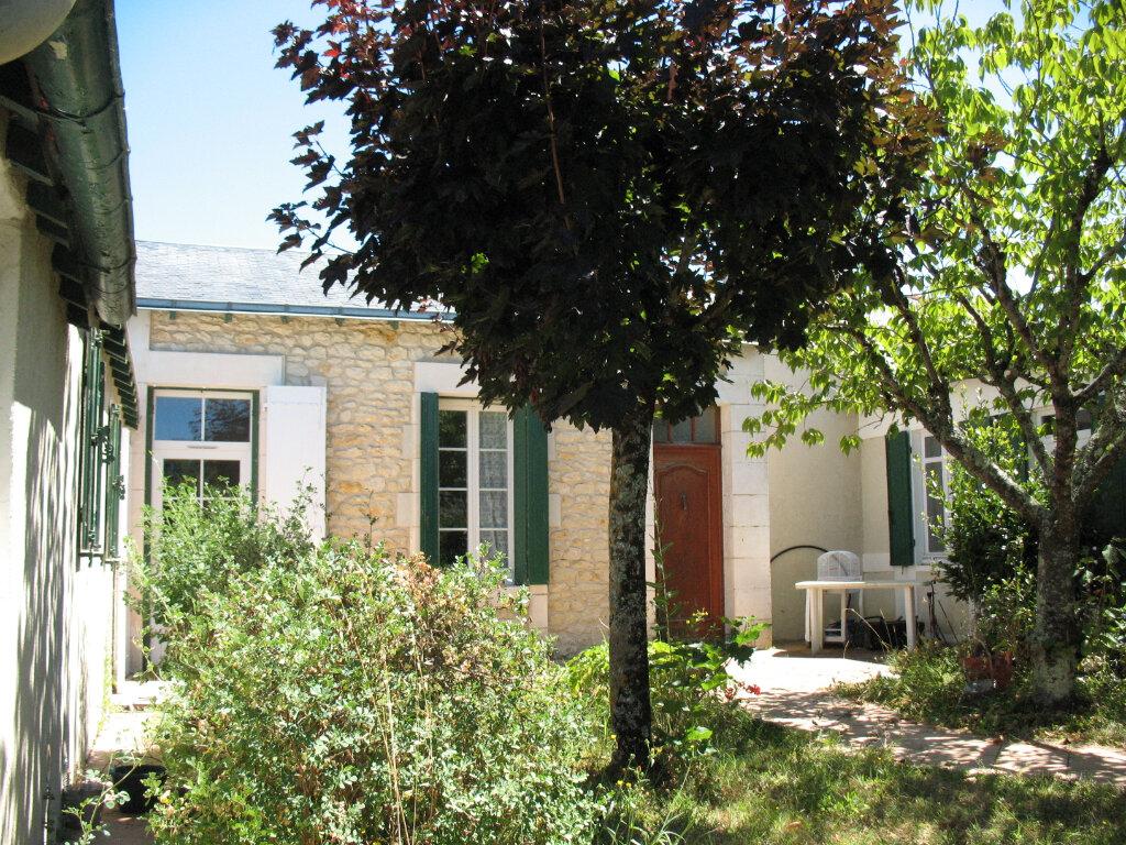 Maison à vendre 4 78m2 à Saujon vignette-1