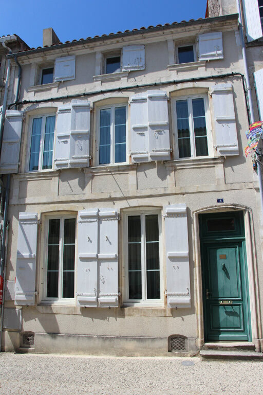 Maison à vendre 9 267m2 à Hiers-Brouage vignette-1