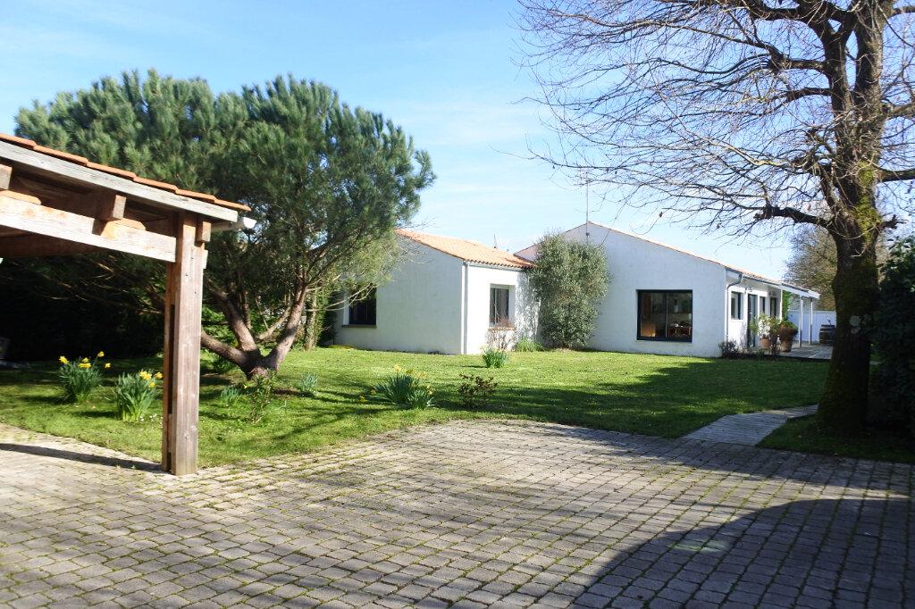 Maison à vendre 5 126m2 à Marennes vignette-1